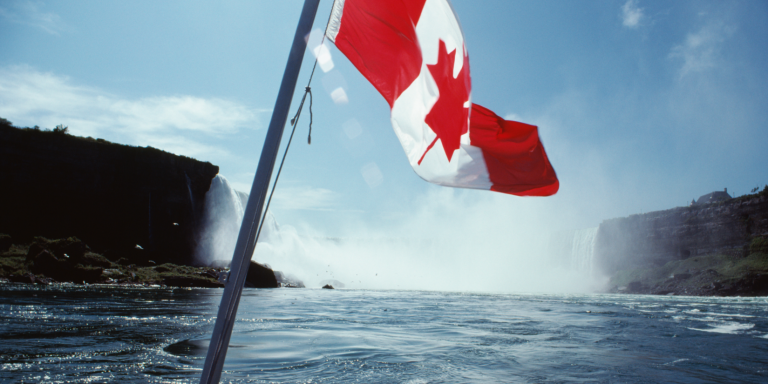 Confirmation of Permanent Residence (COPR) Holders may Travel to Canada